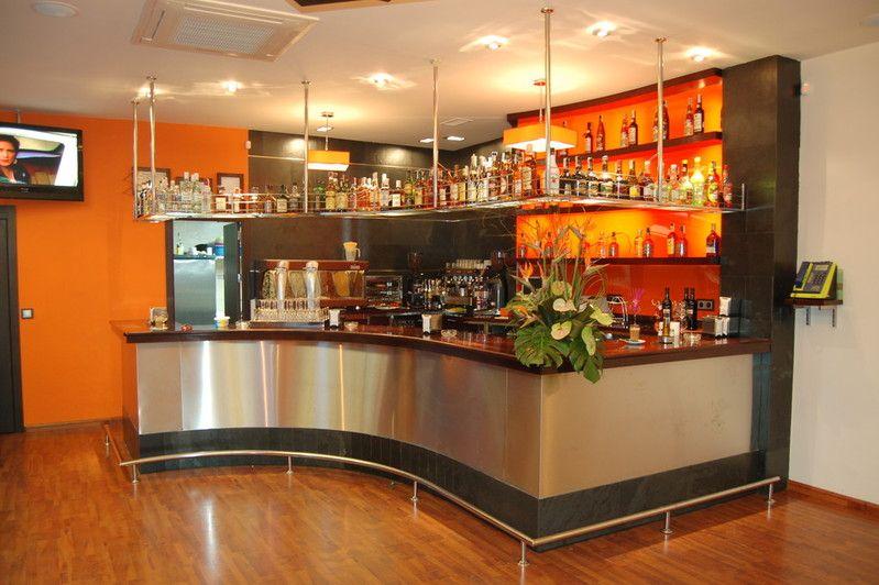 Barras de bar barra de madera y acero inox bar pinterest barra de bar bar y barra - Barra de madera para bar ...