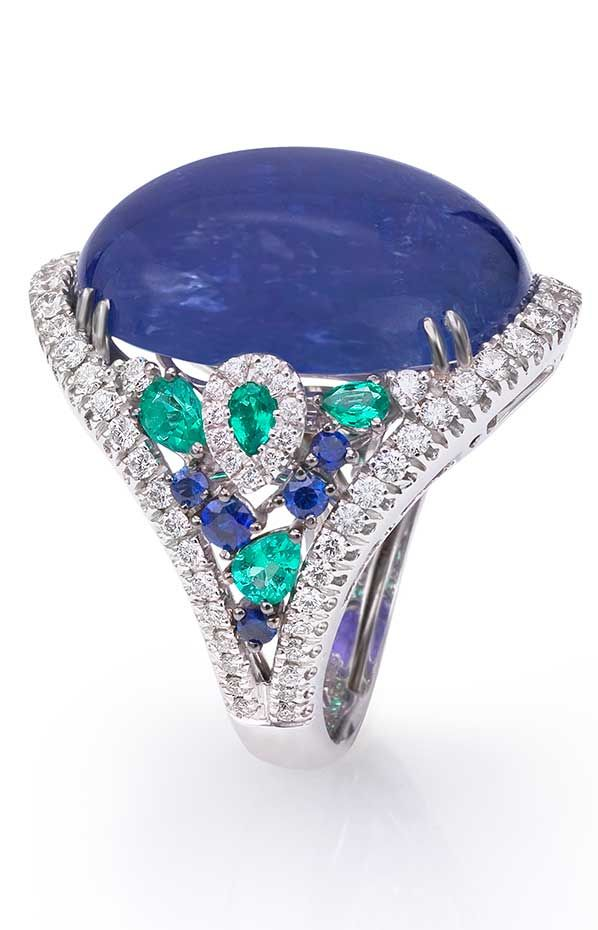 kattan cashmere product alexis saphire sapphire beautiful and blue white ring gold diamond housealexis