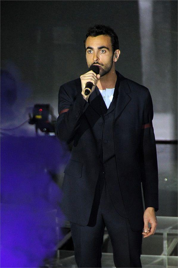 X Factor 8, la doccia di Marco Mengoni e la rabbia di Morgan - VanityFair.it