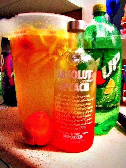 Beachy Drink..Absolute Vodka, 2 liter 7UP, 2 liter DIET 7UP, a ...