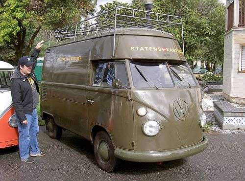 VW Bus high-roof | Bosco illustrates just how high the high … | Flickr