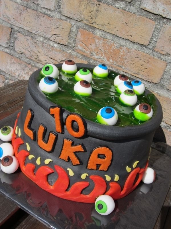 Eye balls soup halloween birthday cake