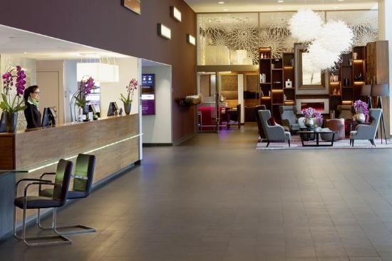 Moevenpick Hotel Amsterdam City Center http://www.tripadvisor.com.br/Hotel_Review-g188590-d601686-Reviews-Moevenpick_Hotel_Amsterdam_City_Center-Amsterdam_North_Holland_Province.html