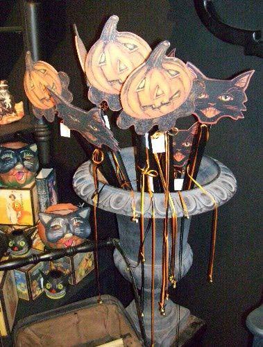 Halloween Decorating Ideas From Roger\u0027s Gardens Vintage fall - elegant halloween decorations