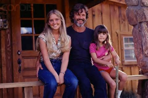 Kris kristofferson with daughters tracey and casey kris kris kristofferson with daughters tracey and casey altavistaventures Images