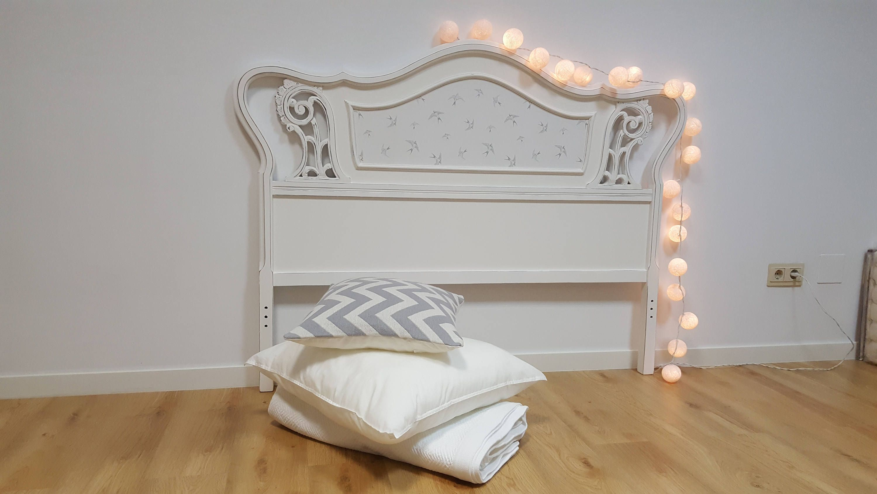 Double bed headboard and footboard wood Walnut vintage shabby white ...
