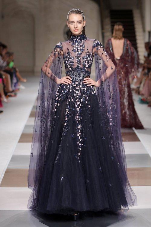Fall Winter 2019-2020 — ZIAD NAKAD | Ropa hermosa, Vestidos de gala, Vestidos largos