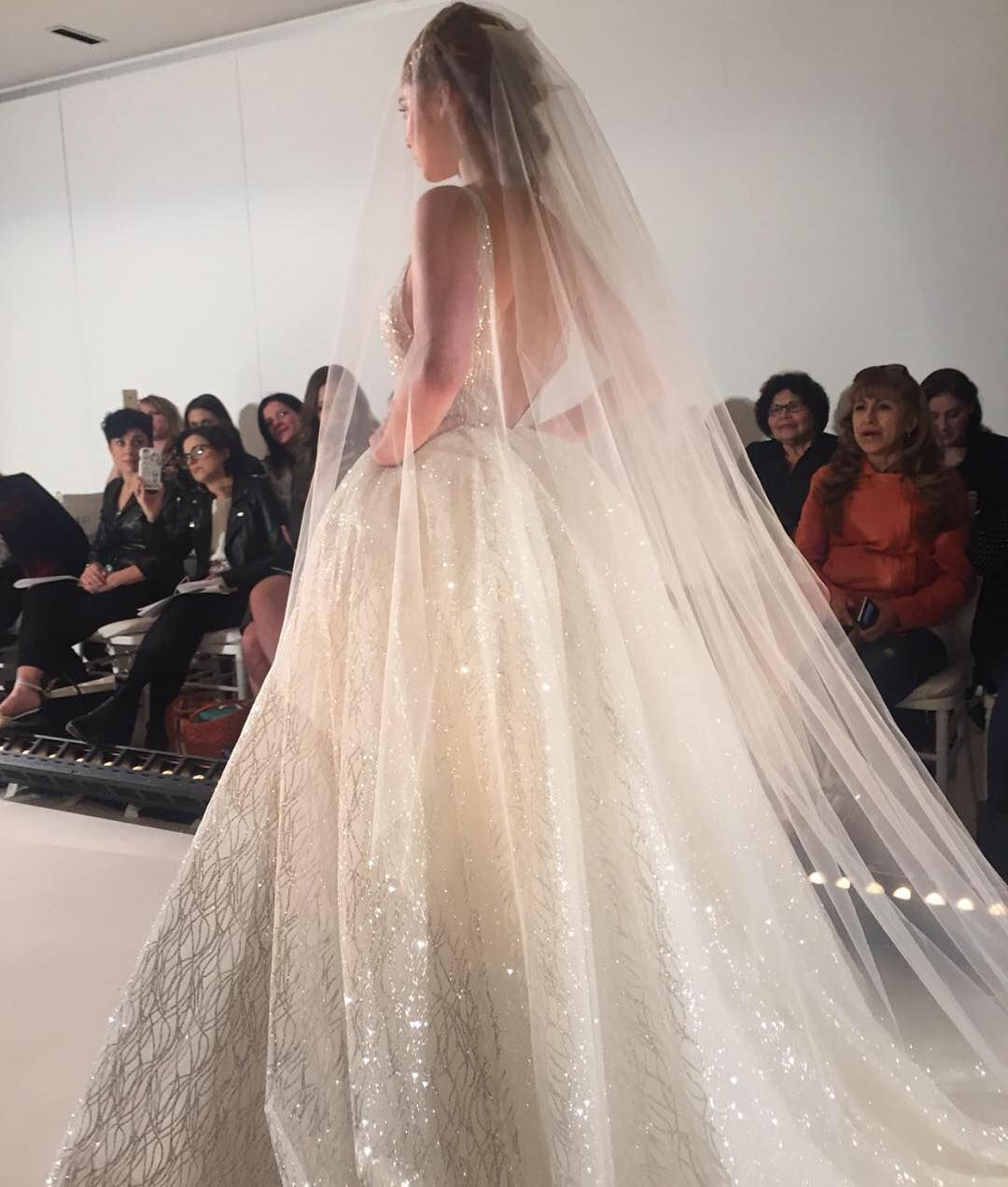 Wedding Gown Fashion Show: New York Bridal Fashion Week Show Fall 2016 New Collection
