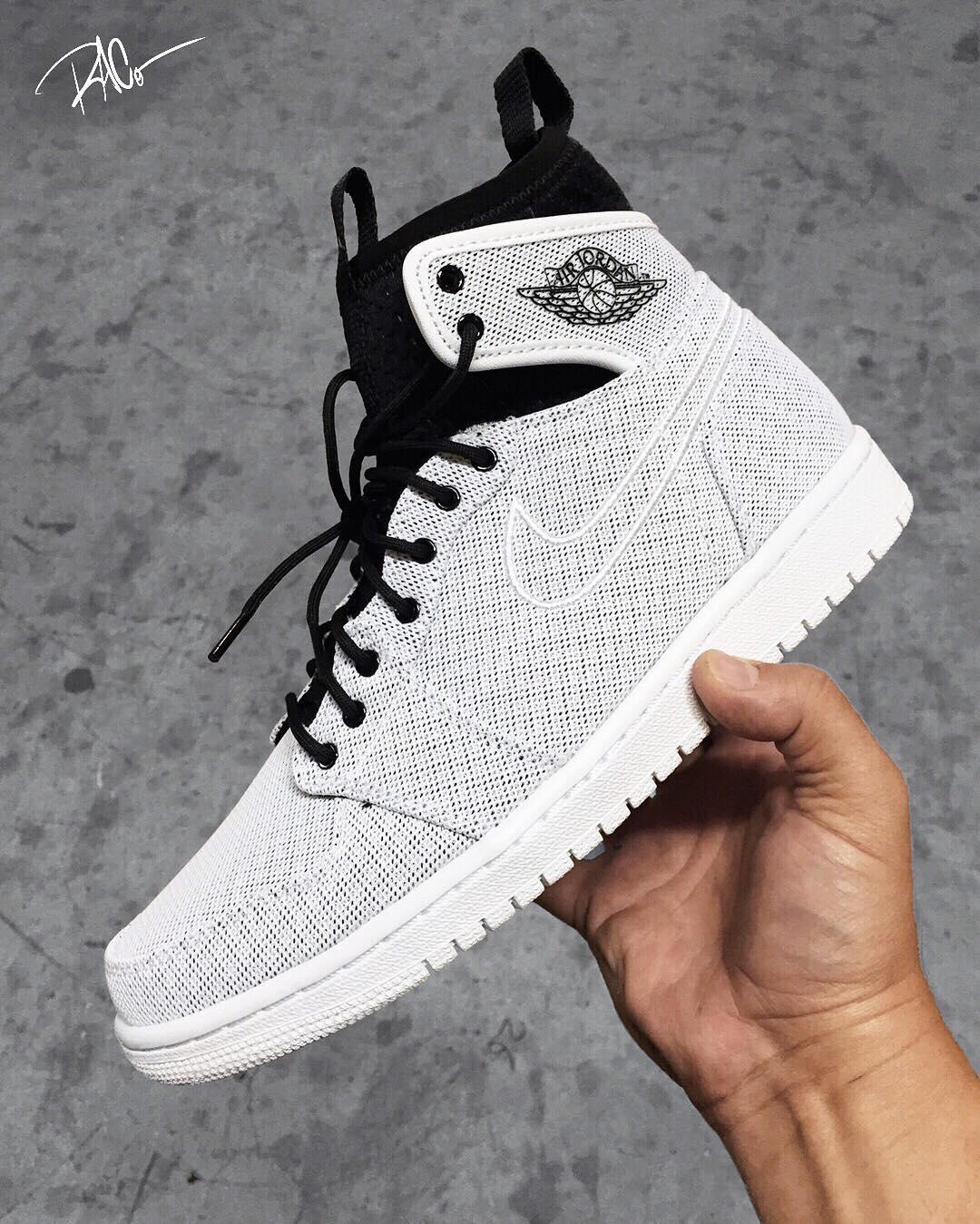 more photos ebc3c 8cbc3 Jordan Brand Adds Sleeve Design to the Air Jordan 1 - EU Kicks  Sneaker  Magazine