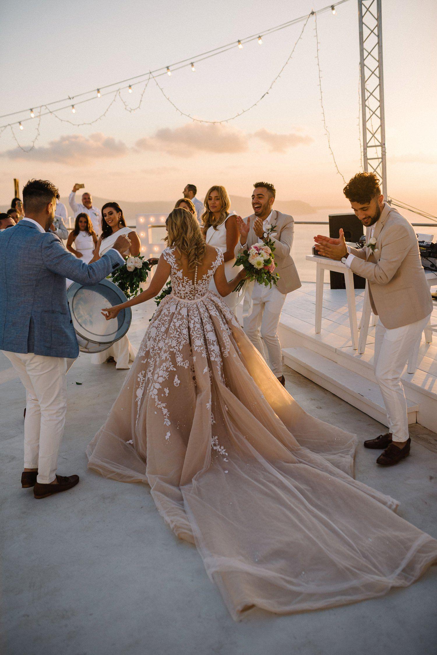 Santorini Destination wedding in 2020   Santorini wedding ...