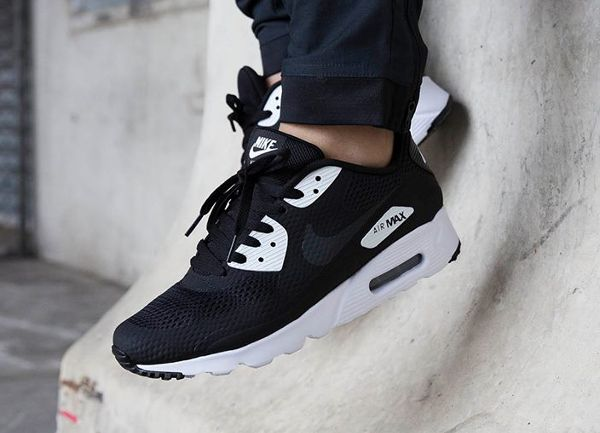 premium selection 4737b c0059 ... get découvrez la nike air max 90 ultra essential black white white  anthracite une running en