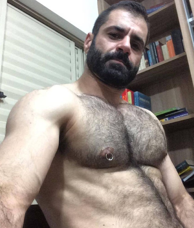Straight hairy bear gets a beard cumshot