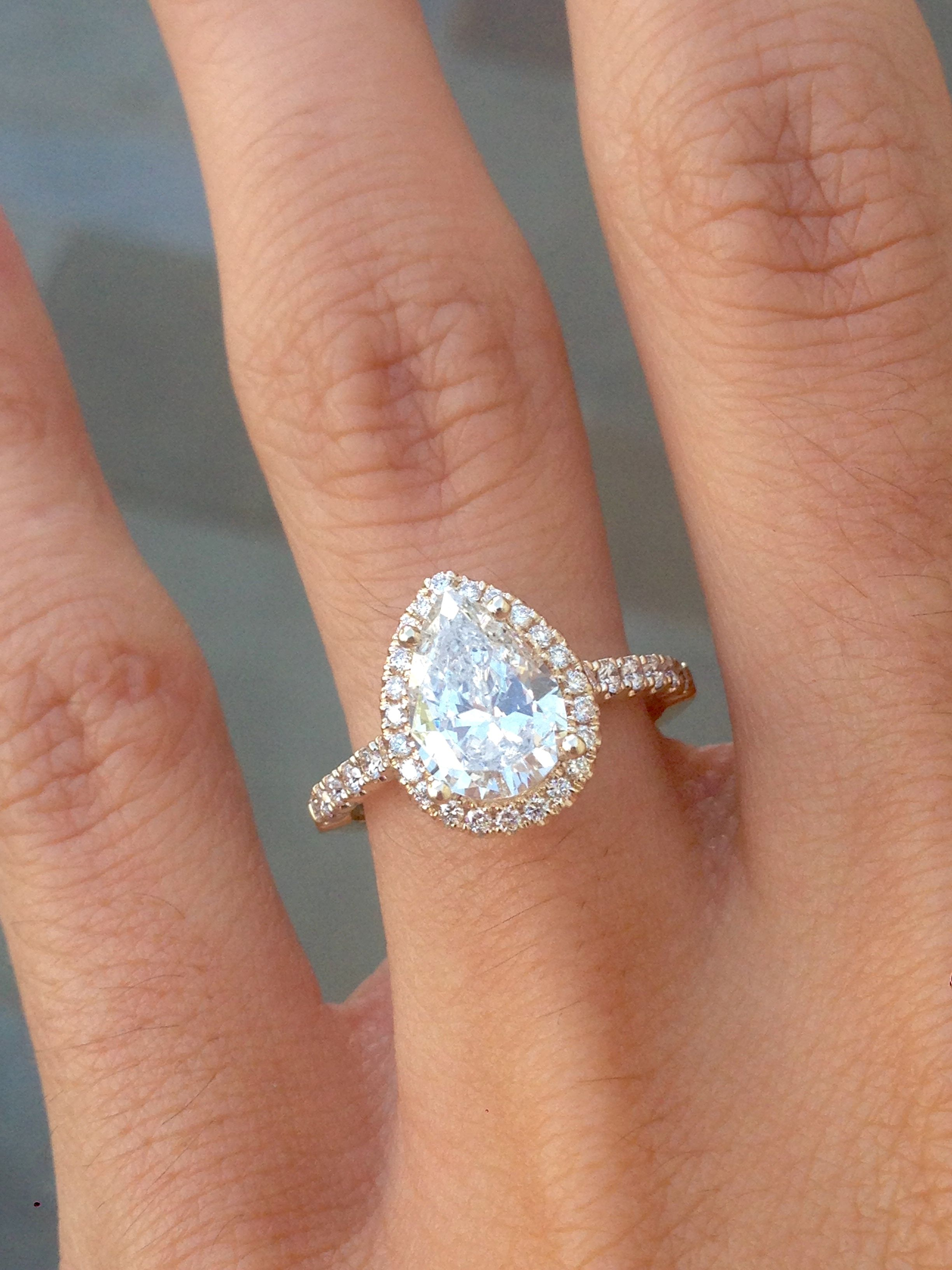 Yellow gold pear diamond with halo engagement ring for Wedding bands for pear shaped rings