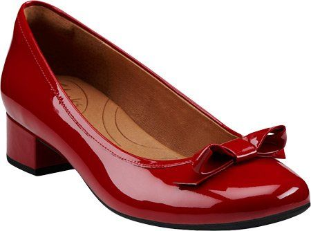 amazon indigoclarks womens charmed bow pump shoes