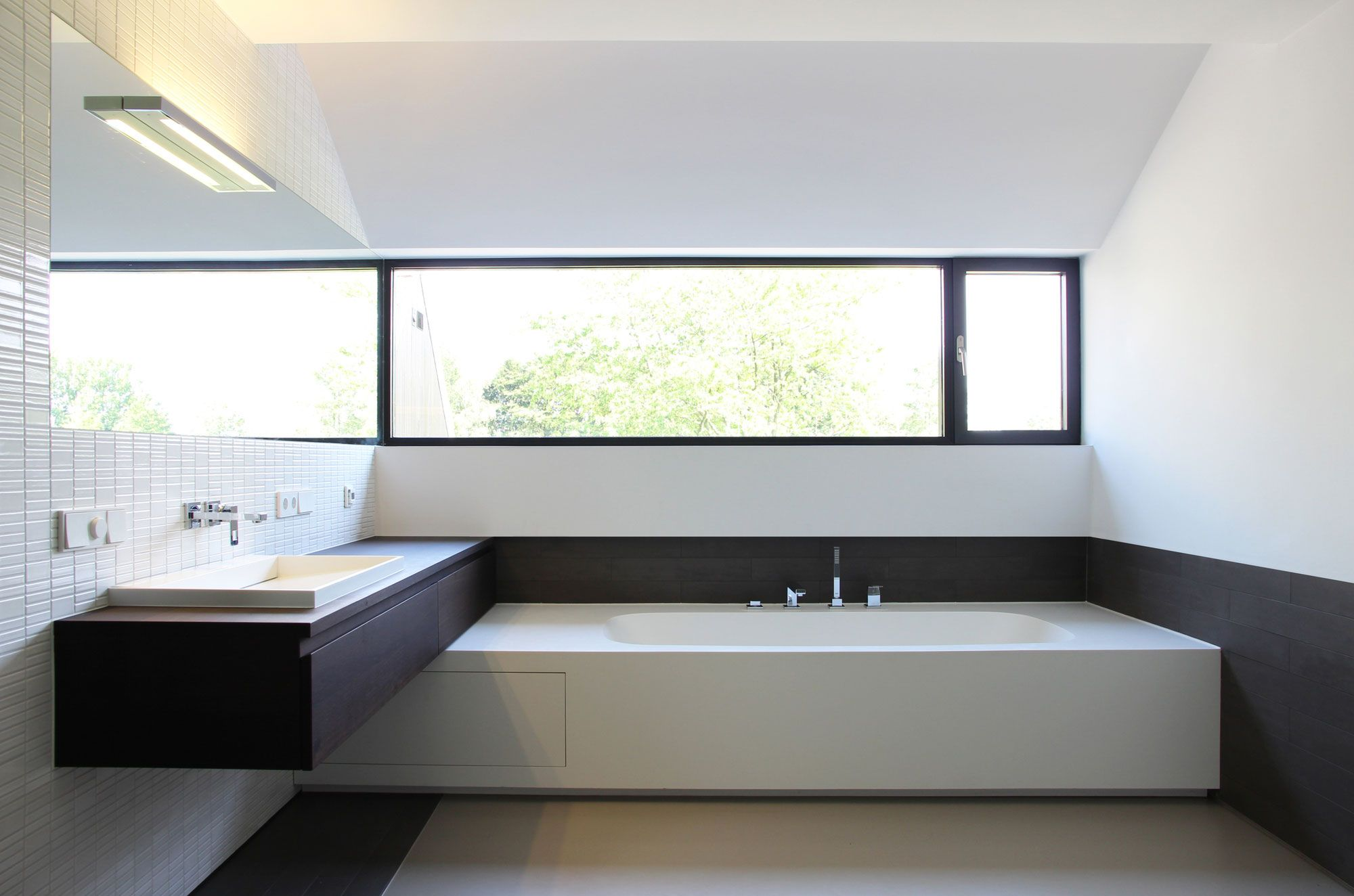 Interior aspect of a rebuilt farm house in Goes, The Netherlands by Grasso den Ridder Architecten