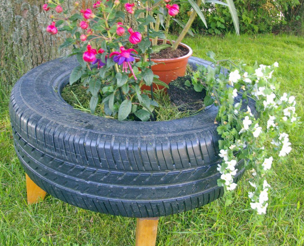DIY: Wieder neue Recycling-Ideen: Autoreifen als Deko für den Garten