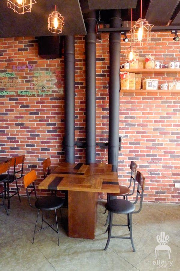 brick wall coffee shop, industrial cafe, wood coffee shop