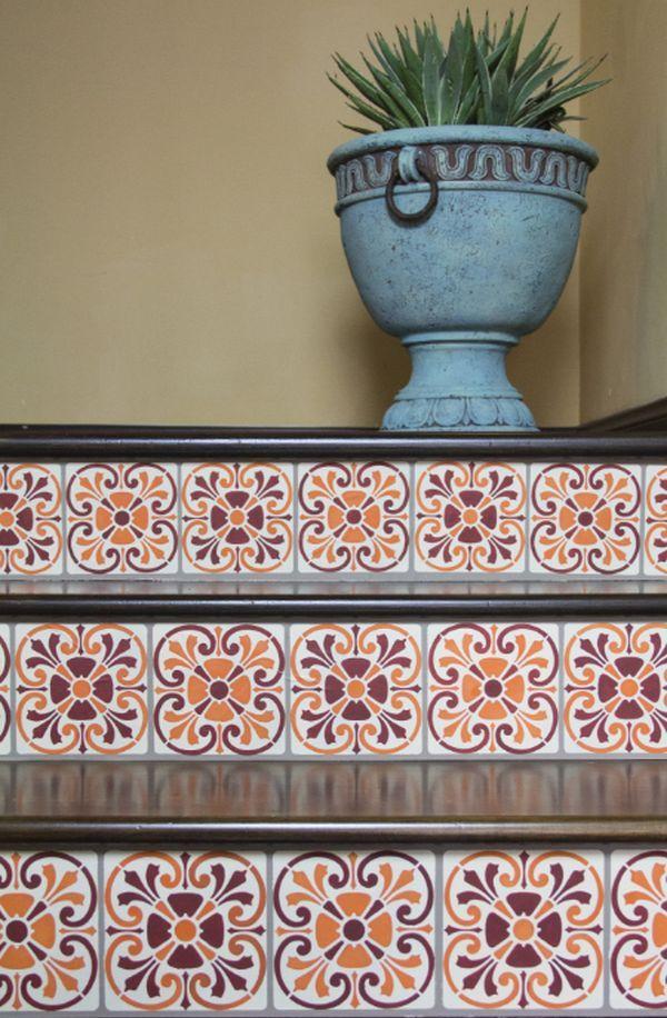 Decorar escaleras con baldosas hidr ulicas barandas pinterest baldosa escalera y casa - Baldosas para escaleras ...