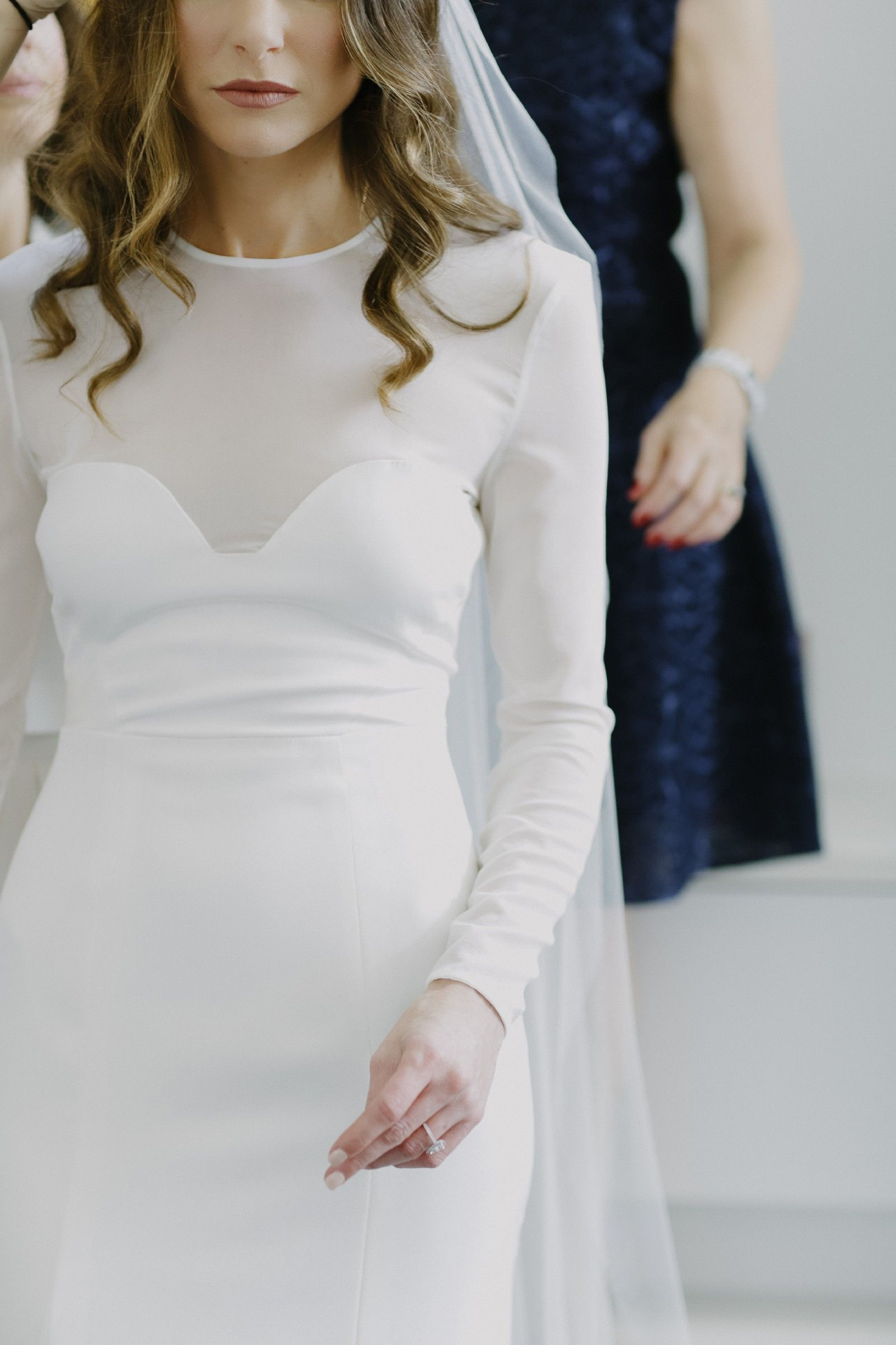 Casey Tanswell Custom Design Preowned Wedding Dress Save 51 Used Wedding Dresses Dresses Wedding Dresses [ 2400 x 1600 Pixel ]