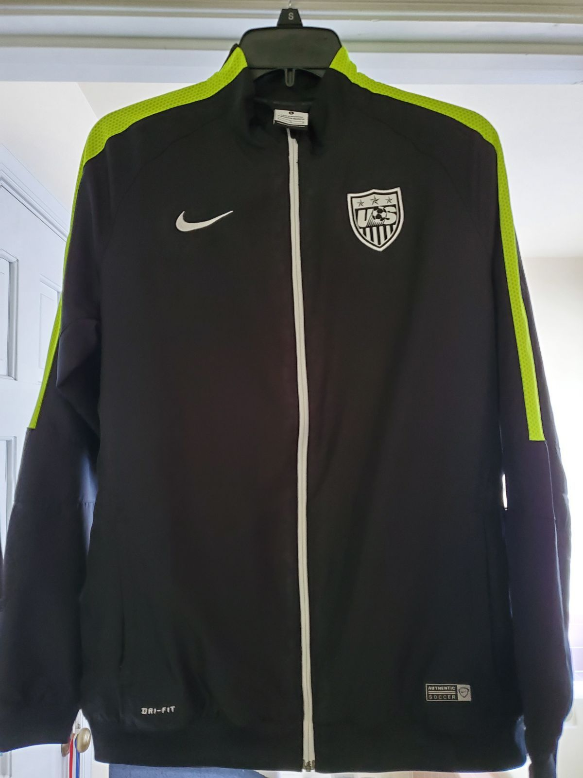 Gently used USA Soccer track suit. Womens sizing (or big