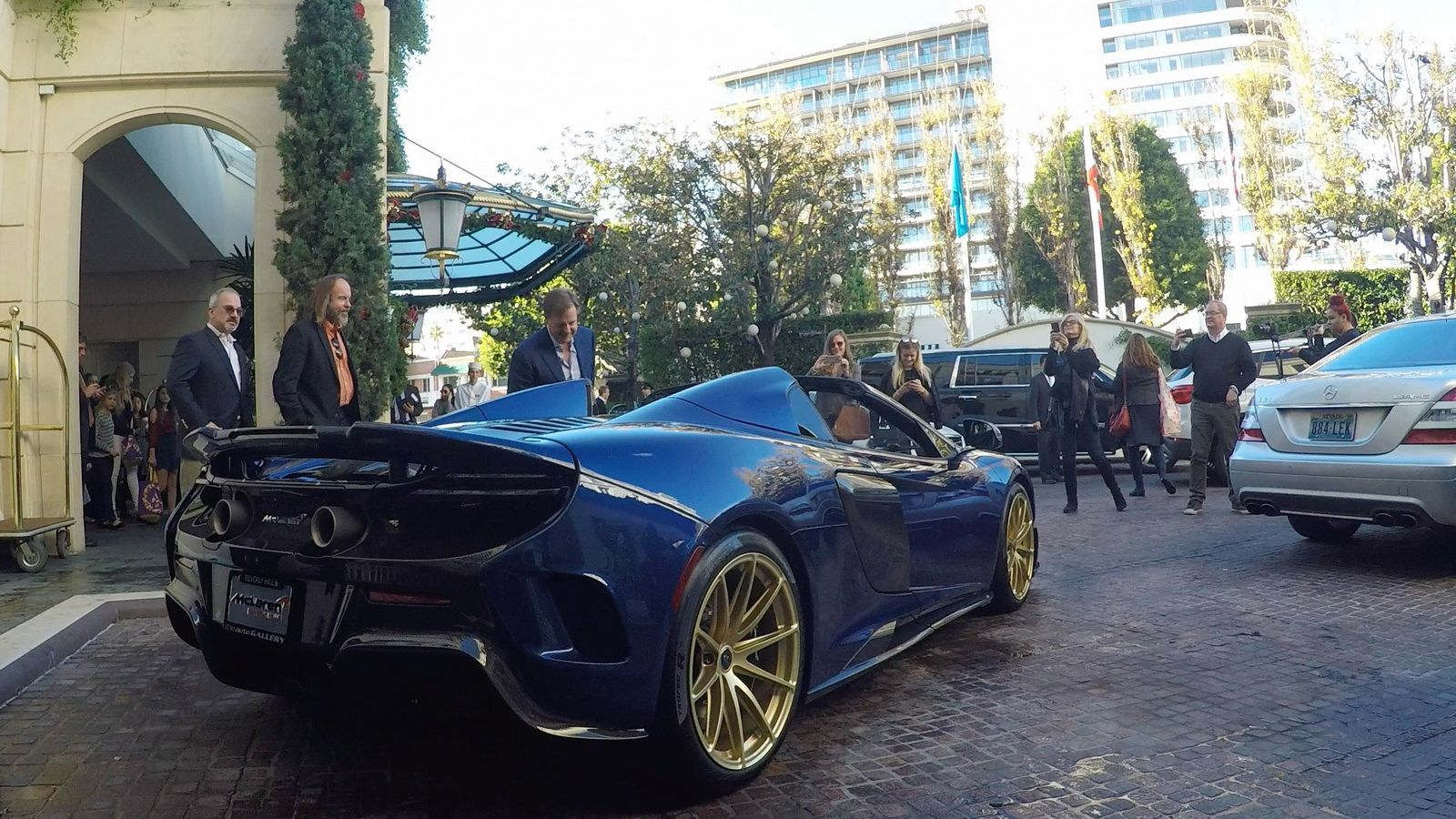 From The List Of Luxury Cars Above We Hope This Details Can Increase Your Knowledge Of The Very Best Luxury Cars W Fast Sports Cars Car In The World Fast Cars