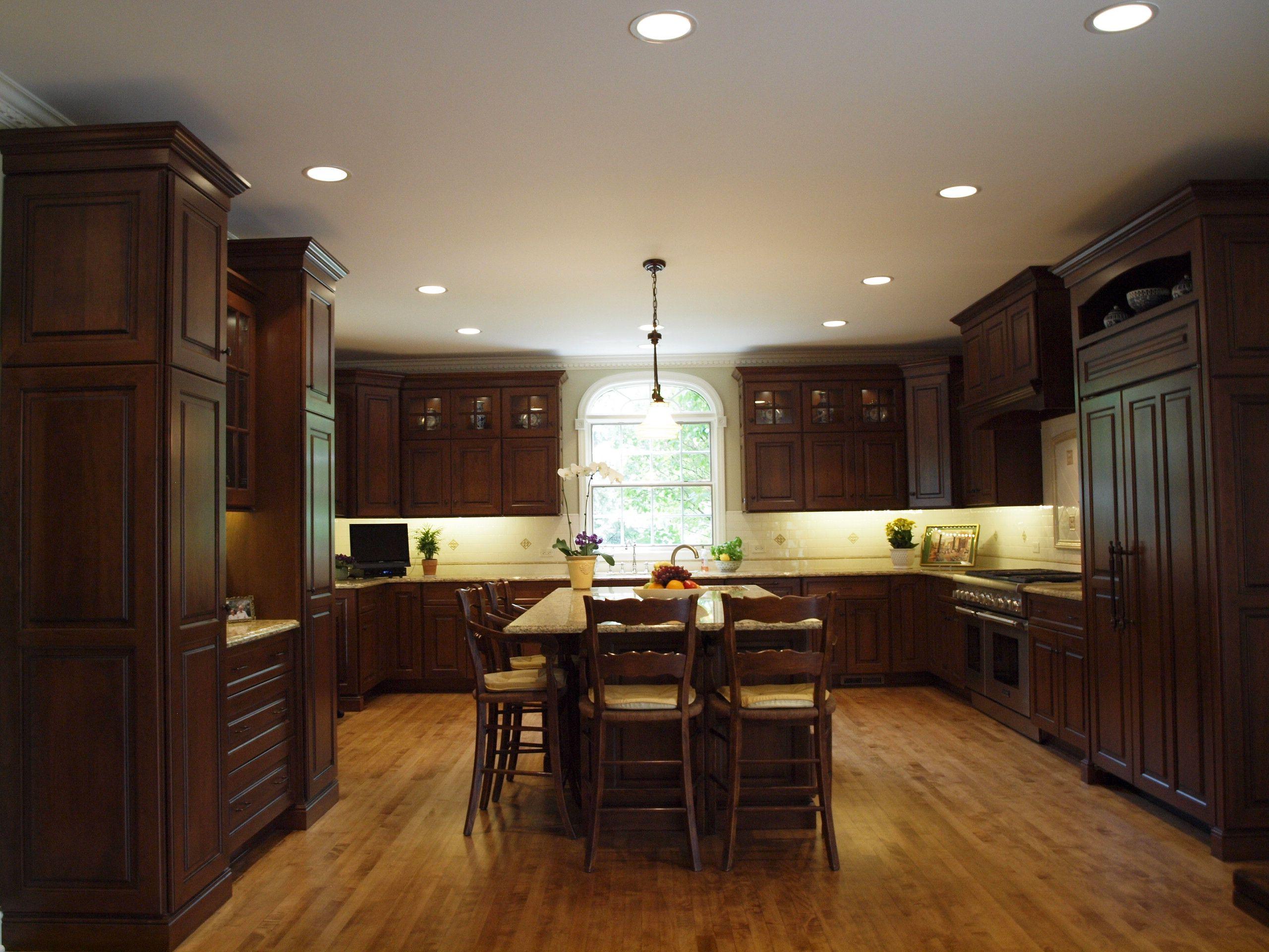 Tolle Möbel Für Kolonial Stil Küche Desaign Mit Holz Material