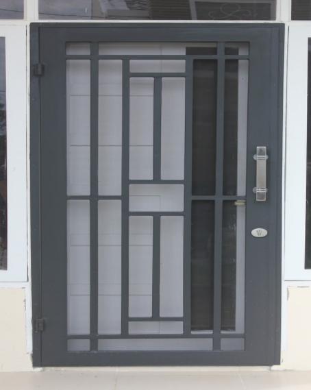 32 Model Teralis Pintu Minimalis Modern Terbaru Paling Aman