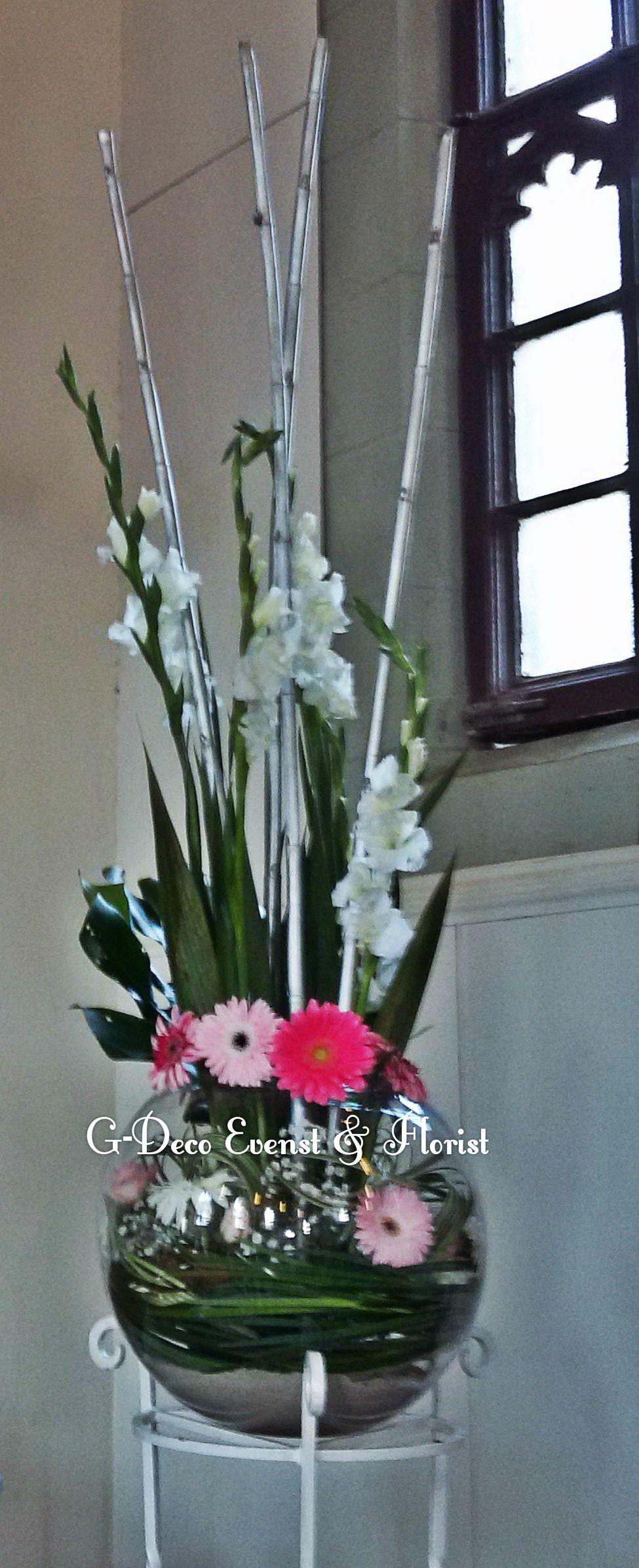 Vase Fish Ball Sur Sten En Fer Fleurs Gerbera Rose Gypsophile
