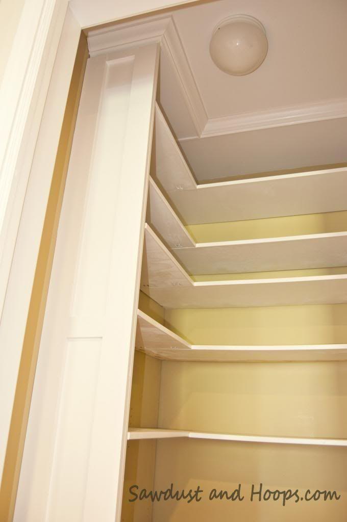 built in closet shelves using kreg jig jr adjustable. Black Bedroom Furniture Sets. Home Design Ideas
