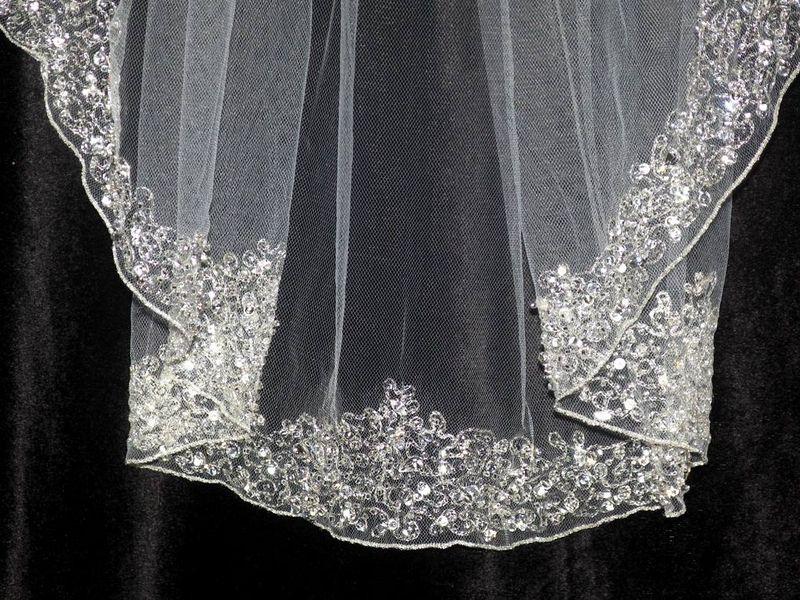 White And Gold Wedding Veil Long Bridal Veils With Swarovski Crystals