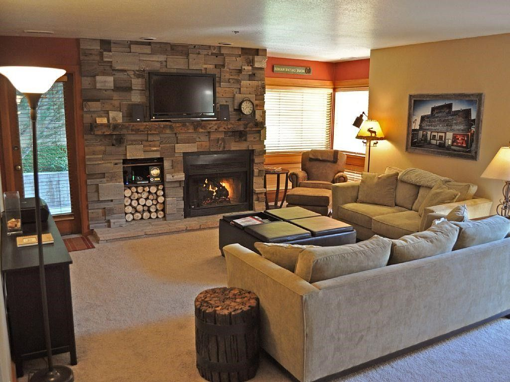 Cozy Living Room: Cozy Living Room With Tv