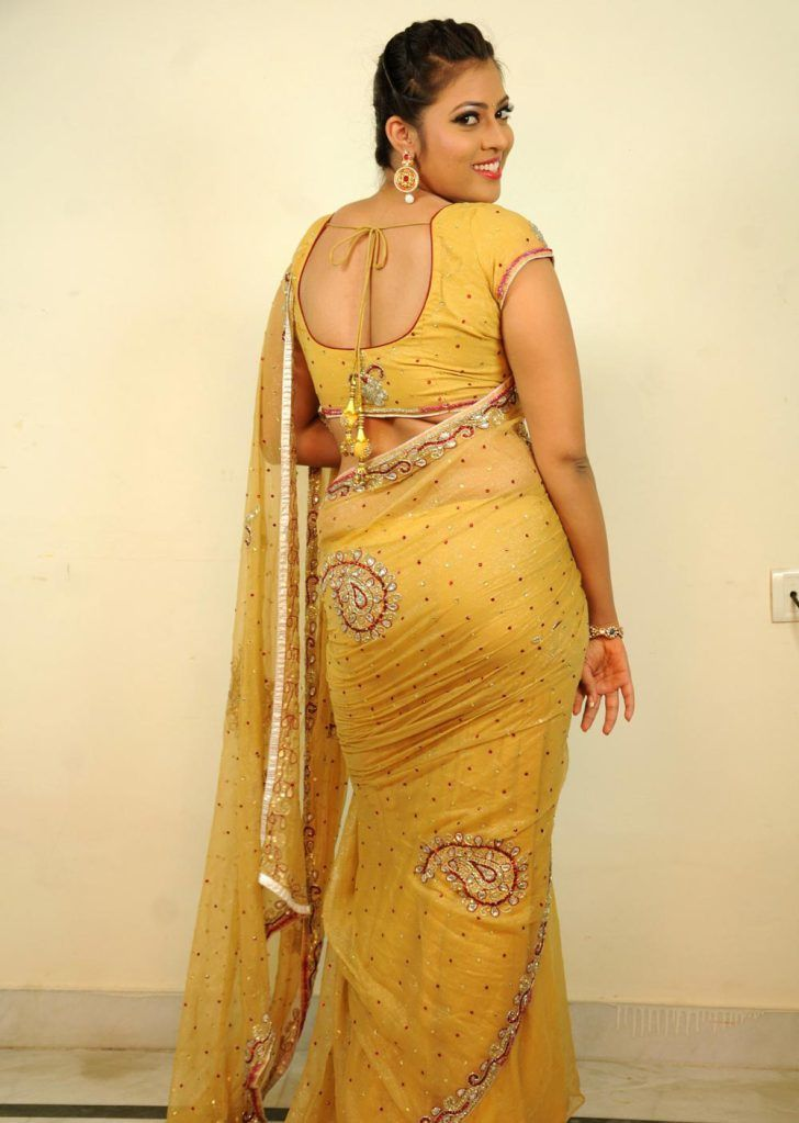 Dress materials online - Mirraw.com