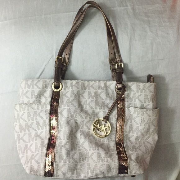 Authentic Michael Kors Sequin Tote Beautiful With Sequined Lining Cream Leather