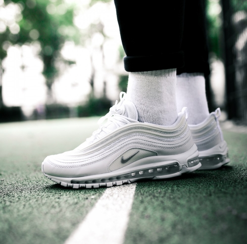low priced d276f 708e8 NIKE AIR MAX 97 OG Triple White Wolf Grey 921826-101