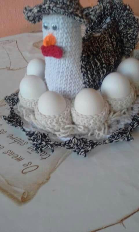 Galinha porta ovos de croche feito por mim Adriana Franciane Pontes Domingues no Facebook
