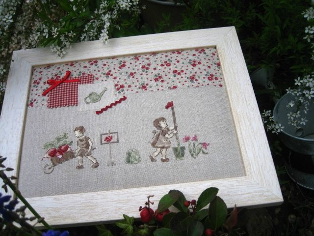 Jardinage Mon jardin au point de croix de VE | Cross Stitch & Point ...