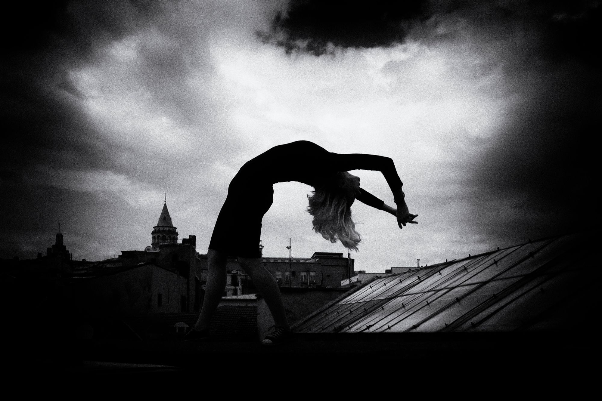 Bending ... by Imge Ildem - Photo 175358507 / 500px.  #500px #blackandwhite #schwarzweiss #noiretblanc #siyahbeyaz #monochrome #beauty #bw #turkey #woman #creative #body #dark #bnw #galatatower #galatakulesi #pose #clouds #sky #augsburg #ulm #münchen #stuttgart #frankfurt #istanbul #ankara #izmir