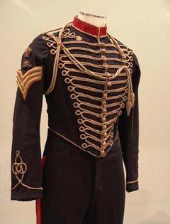 Resultados da Pesquisa de imagens do Google para http://museu-angra.azores.gov.pt/exposicoes/imagens/exp_uniformes-militares.jpg