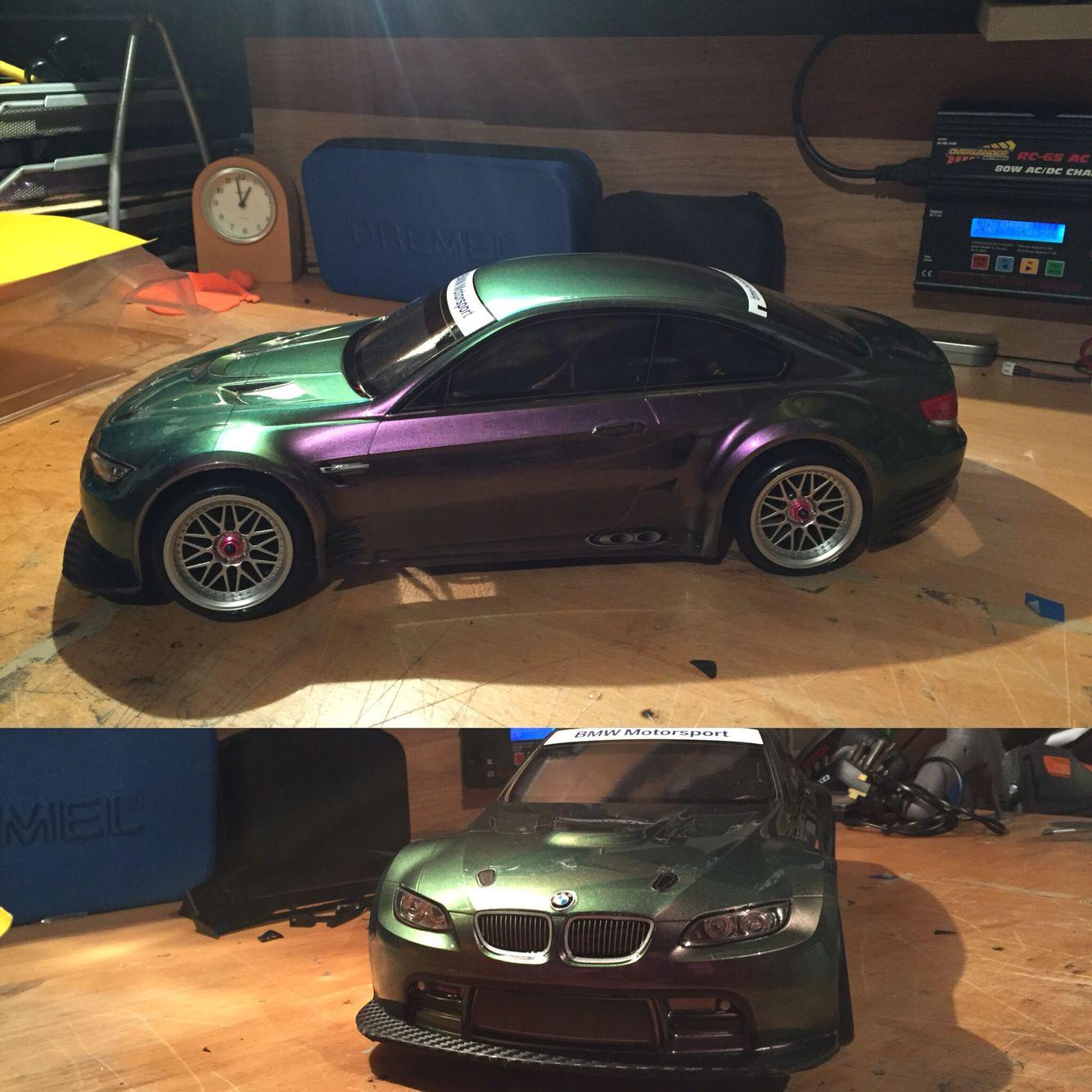 Bmw M8: Bmw M8 Sport With Flip Paint