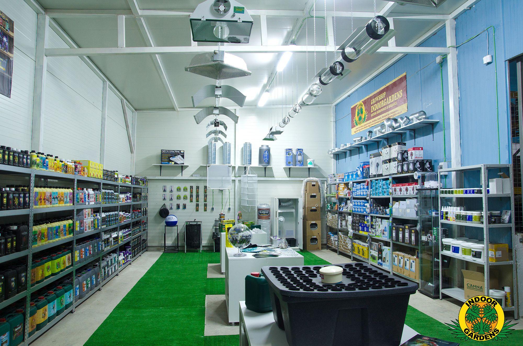 Noul magazin http://IndoorGardens.ro