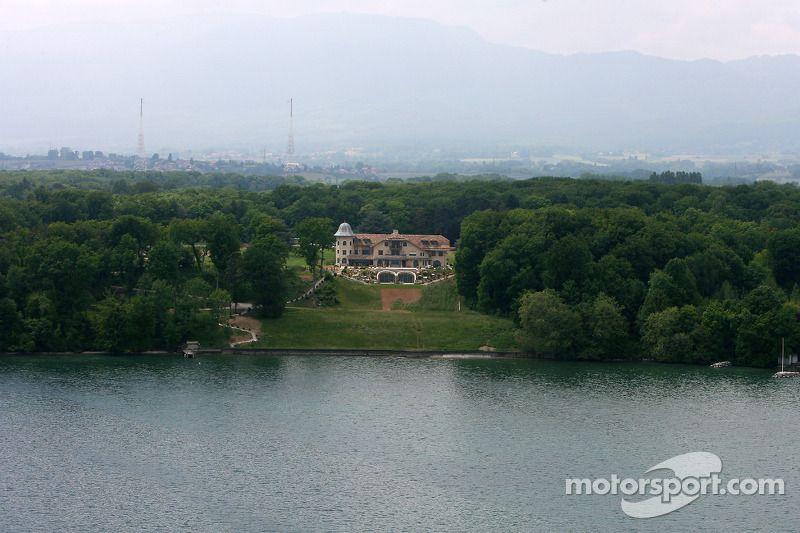 дом шумахера в швейцарии фото счет