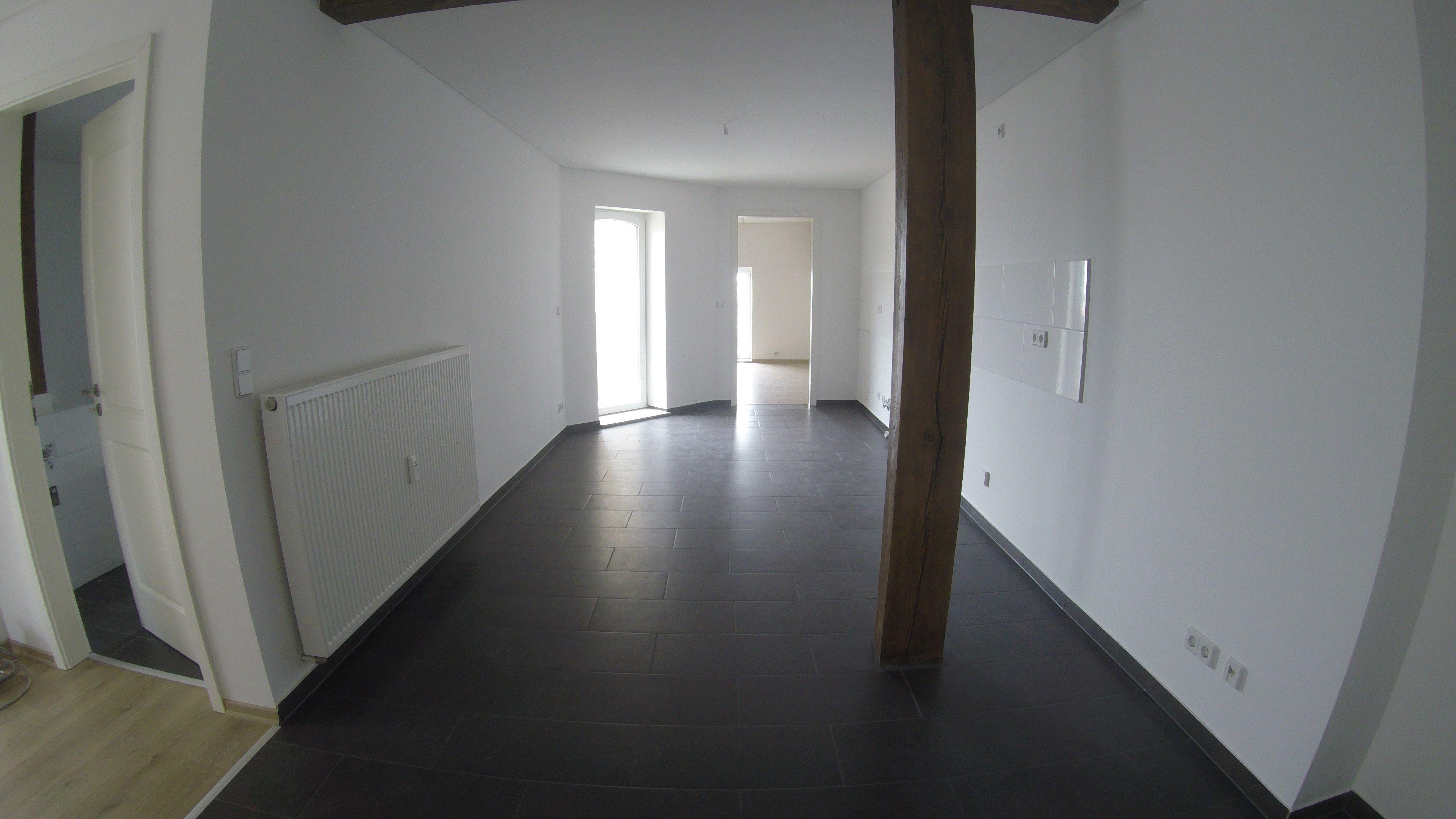 Wohnzimmer Dachgeschoss ~ T dachgeschoß zimmer mietwohnung halle saale wohnzimmer