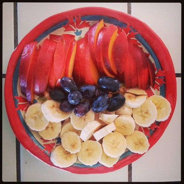 Patriotic Fruit!!  Cheers for the Red (nectarine), White (banana) and Blue (grapes)!