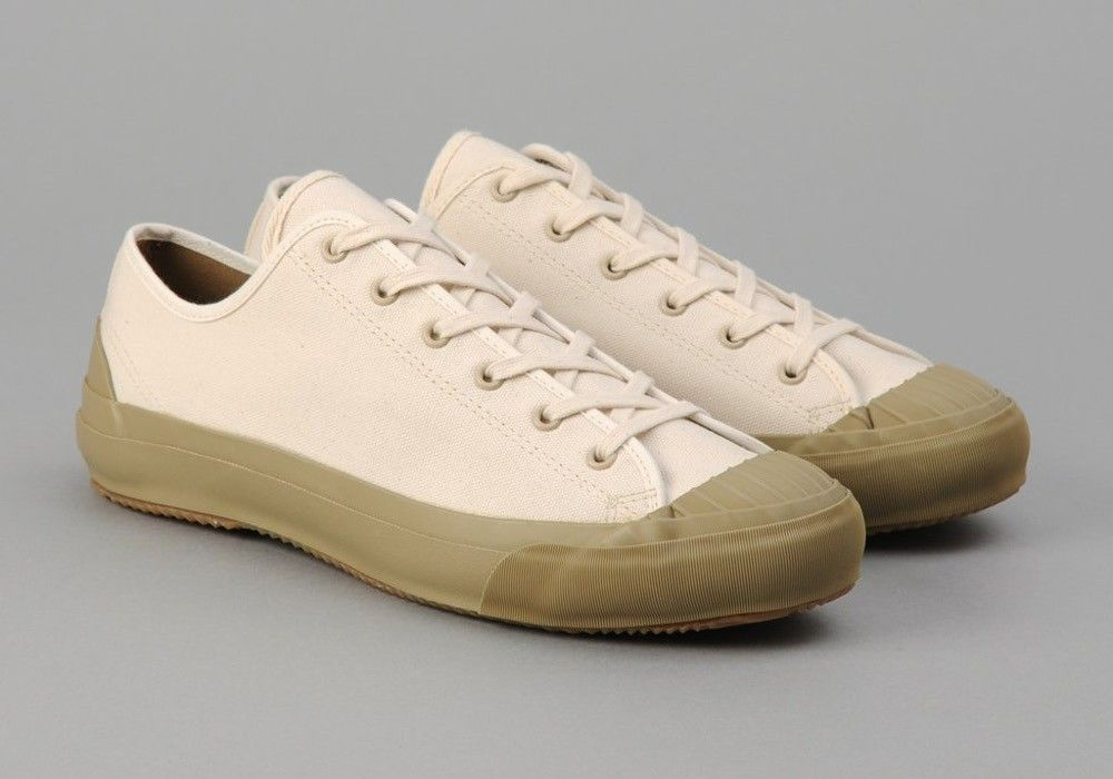 2b531dda3b97a Vintage Canvas Sneaker Made in Japan | shoes in 2019 | Canvas ...