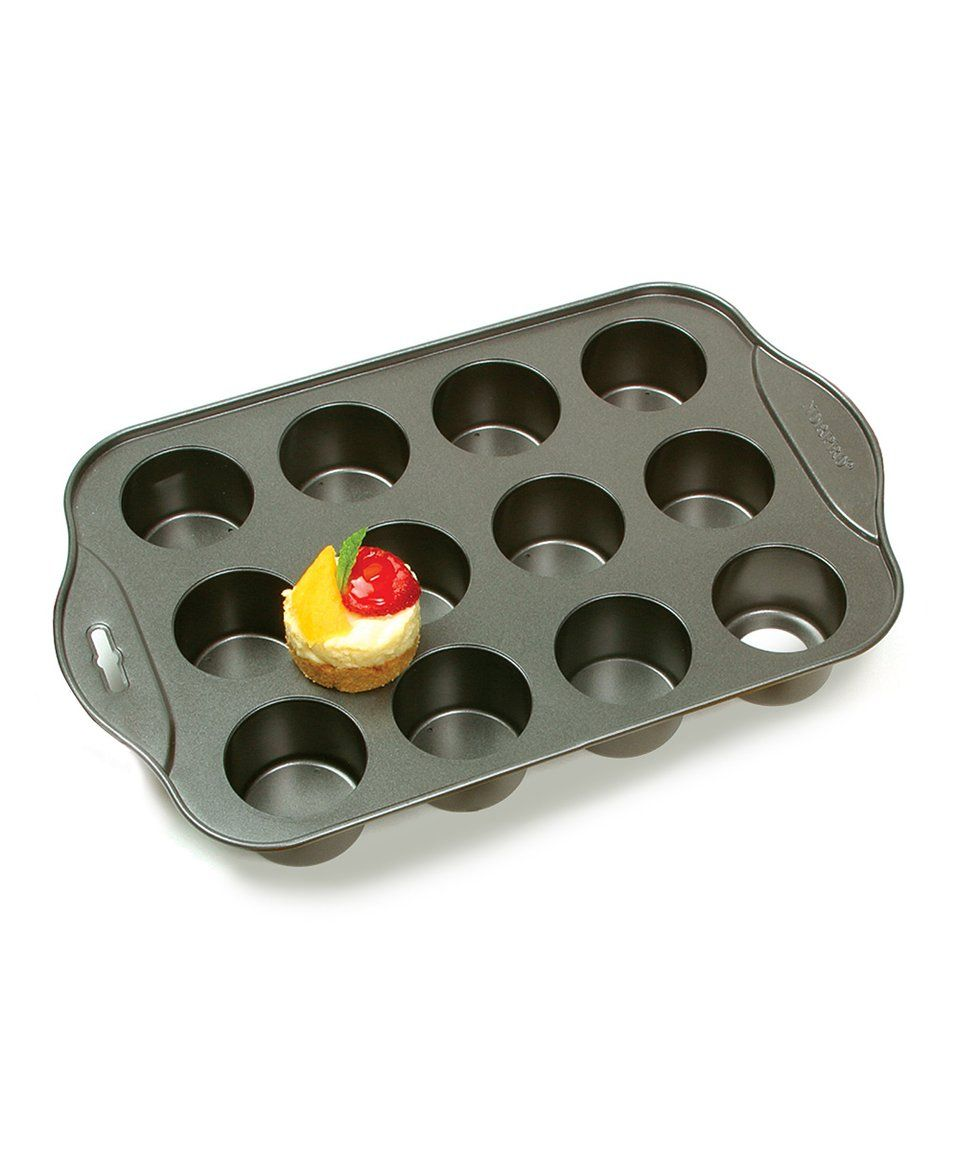 Take a look at this Mini Cheesecake Pan today!