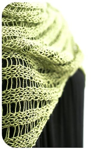 Pixieb S Clapo Ktus Knit Free Pattern Triangle Shawl Based On