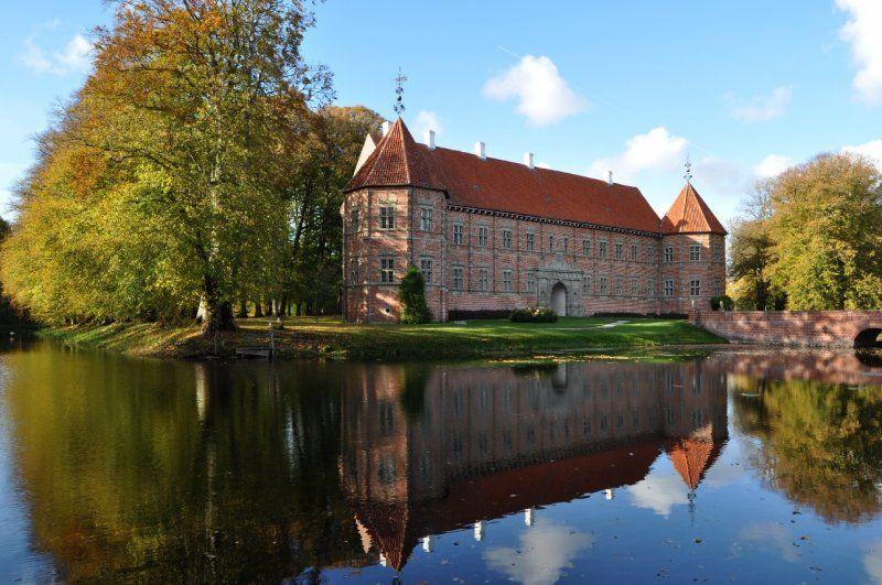 Voergaard Slot Burg Skandinavien Skandinavisch