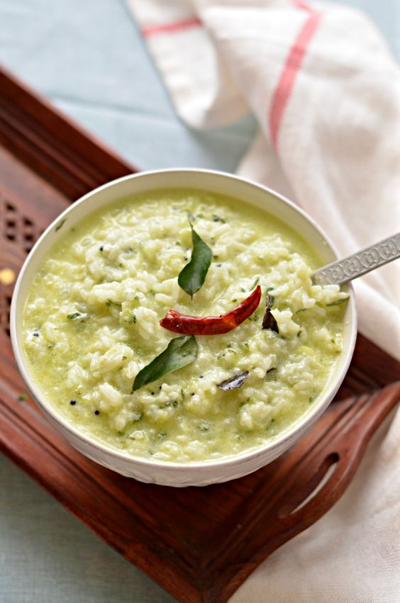 Curd rice with cucumber rice cooked with yoghurt milk and indian rice with yogurt cucumber and indian spices south indian speciality curd rice with loads of cucumber for extra fibre such light and hearty meal forumfinder Images