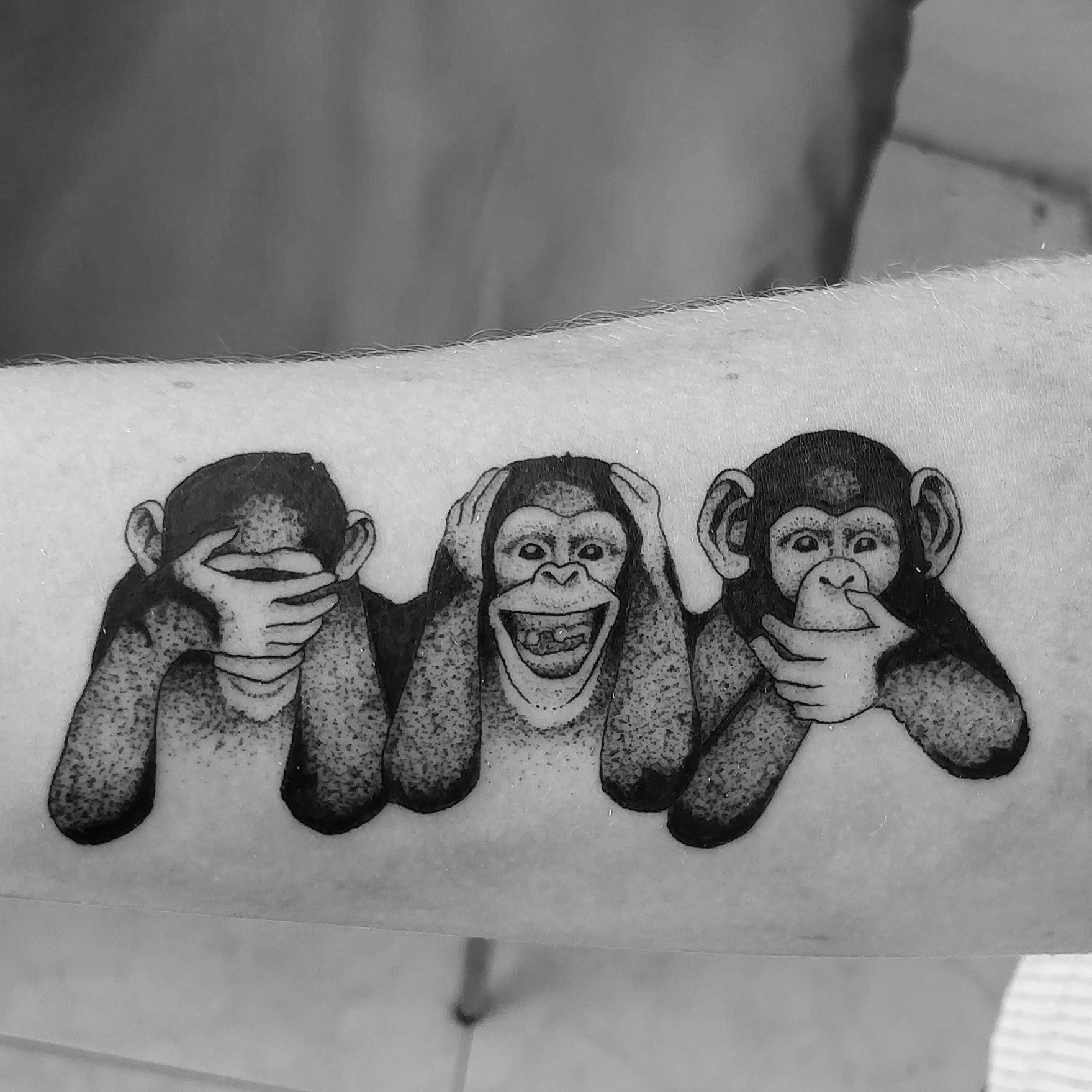 "3 Monos Sabios Tatuajes three wise monkeys"" kasper tattoos barcelona.   tatuajes de"