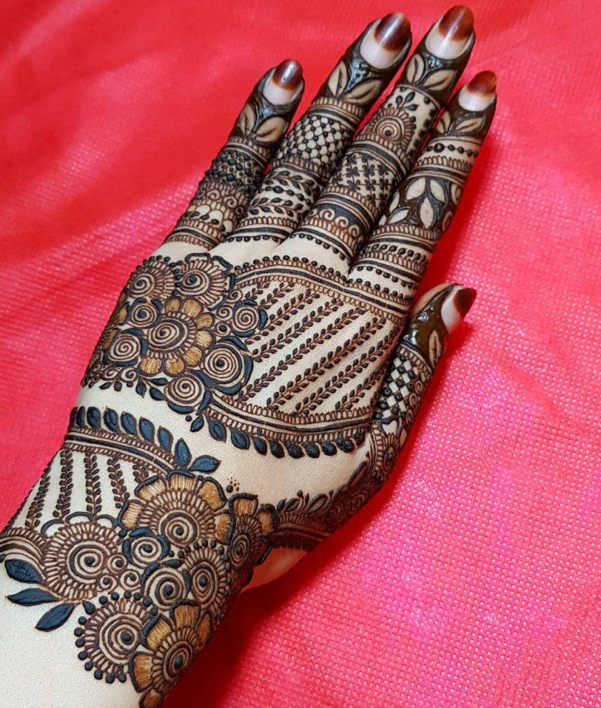 best back mehndi design